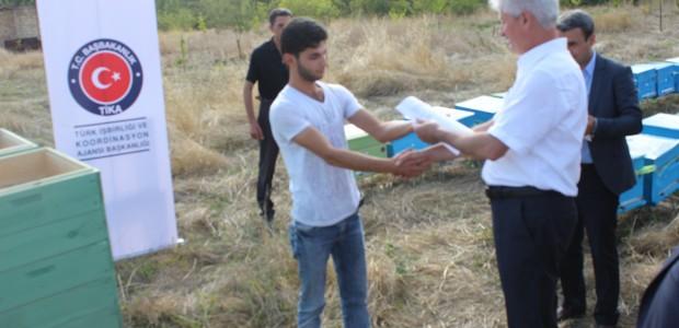 TİKA Azerbaycan'da Engellilerin Evlerini İşyerine Dönüştürüyor - 3
